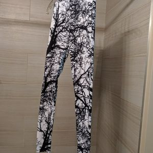 "Slimming ""branch"" leggings"